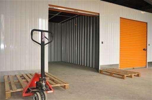 Box de stockage en location de Agri à  Saint-Bonnet-de-Mure