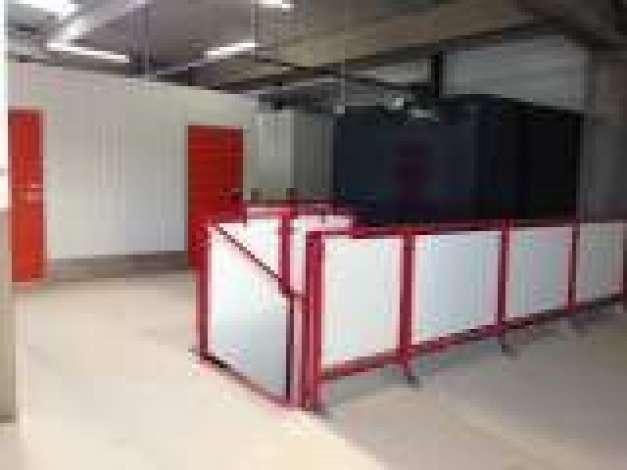 location box garage saint quentin fallavier 38070. Black Bedroom Furniture Sets. Home Design Ideas