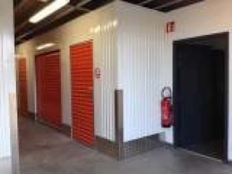 Location box garage saint quentin fallavier 38070 for Location box garage particulier