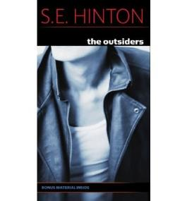 [The Outsiders]The Outsiders BY Hinton, S. E.(Author)Paperback