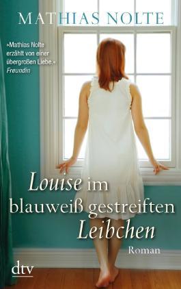 Louise im blauweiß gestreiften Leibchen