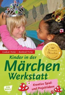 Kinder in der Märchenwerkstatt