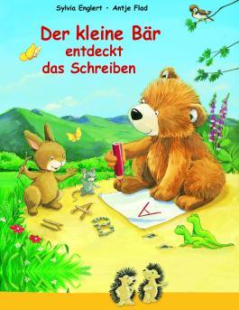 Der kleine Bär entdeckt das Schreiben