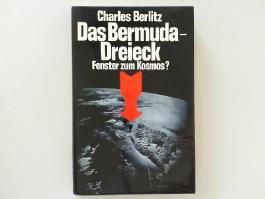 Das Bermuda-Dreieck : Fenster zum Kosmos?. In Zusammenarbeit mit J. Manson Valentine. [Berecht. Übers. aus d. Amerikan. von Barbara Störck u. Ursula Tamussino]