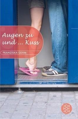 Augen zu und... Kuss