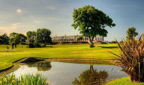 Featured coursesin Ireland include Charlesland...