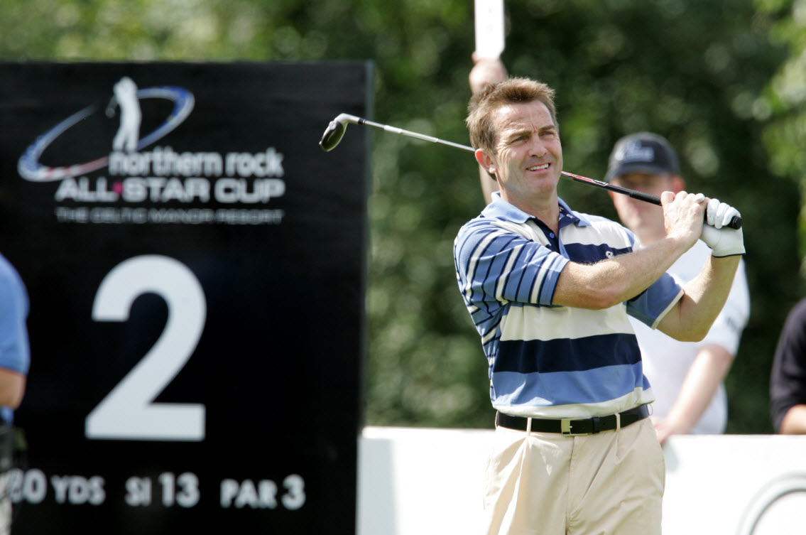 Bradley Walsh on the course