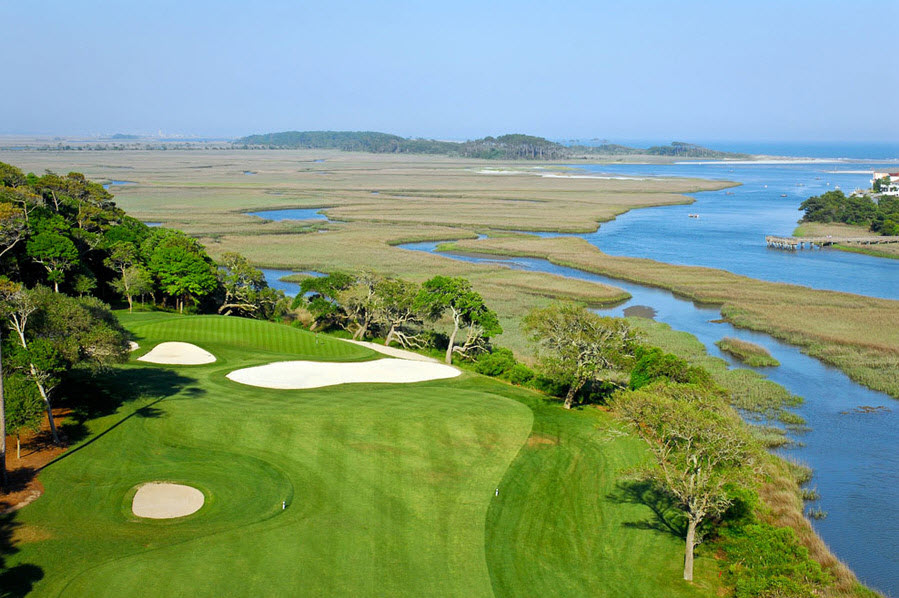 Beautiful golf courses embrace the environment