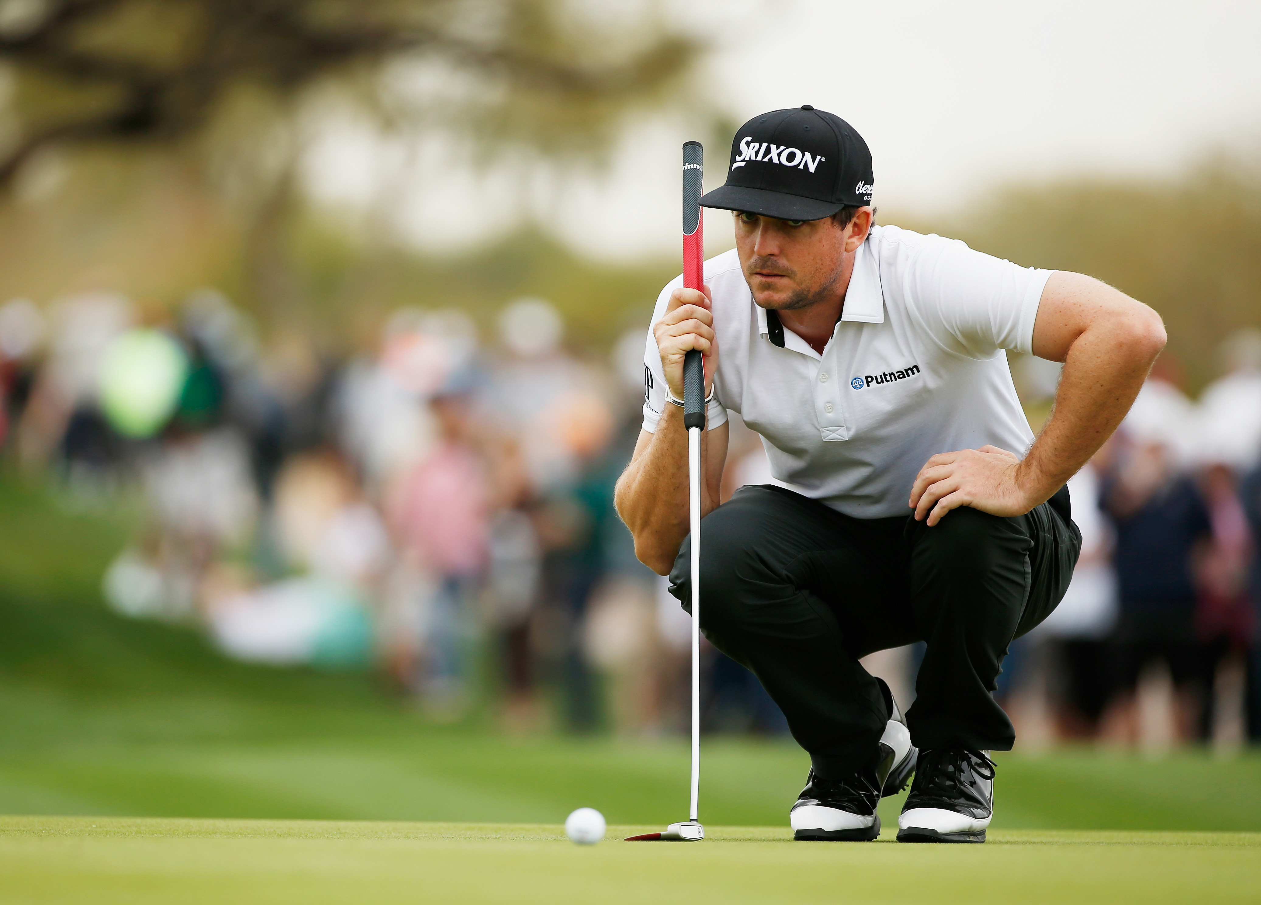 Keegan Bradley lines up a putt in his first round at the Phoenix Open (Photo: Getty Images)
