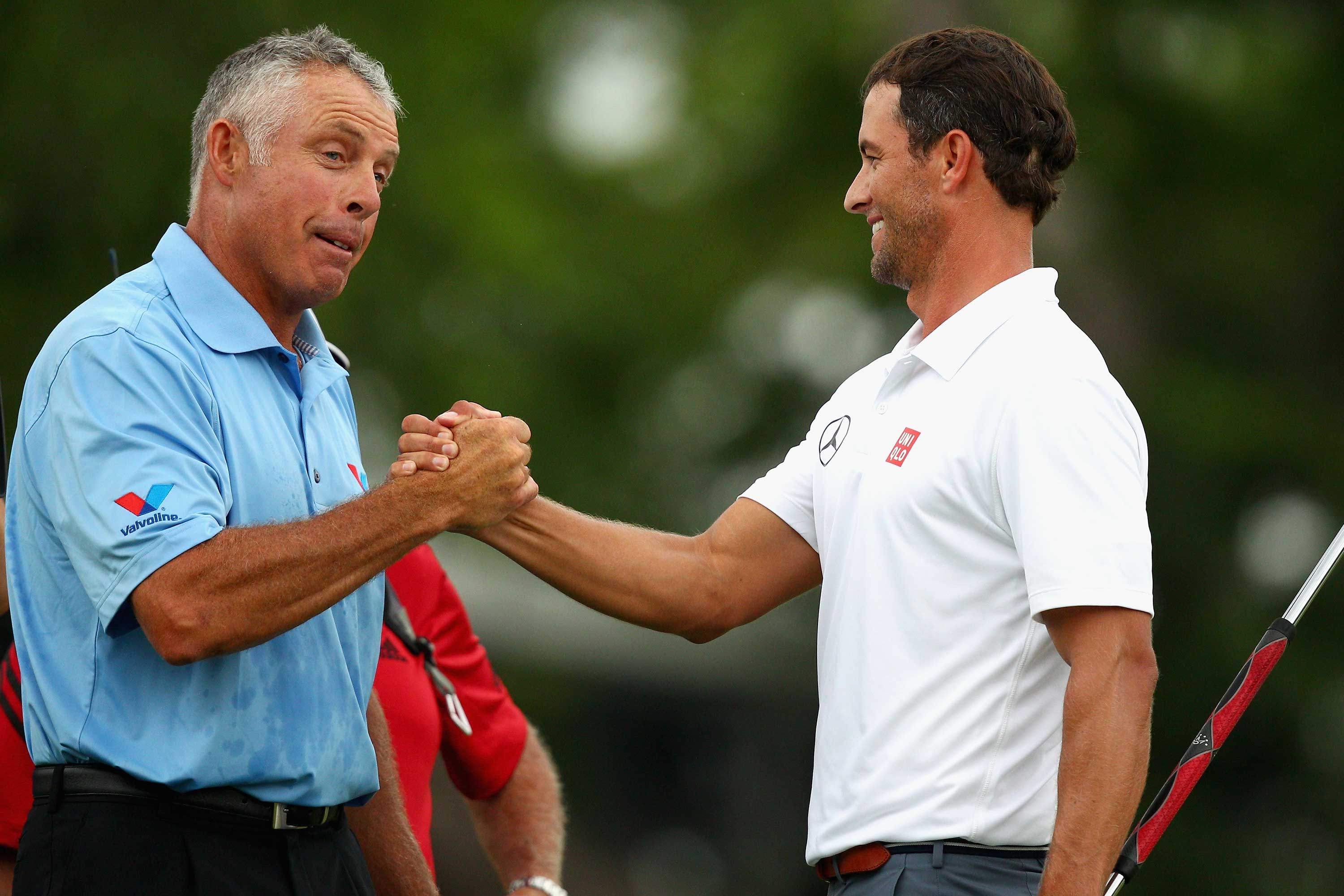 Steve Williams is to caddie for Adam Scott for the next four events (Photo: Getty Images)