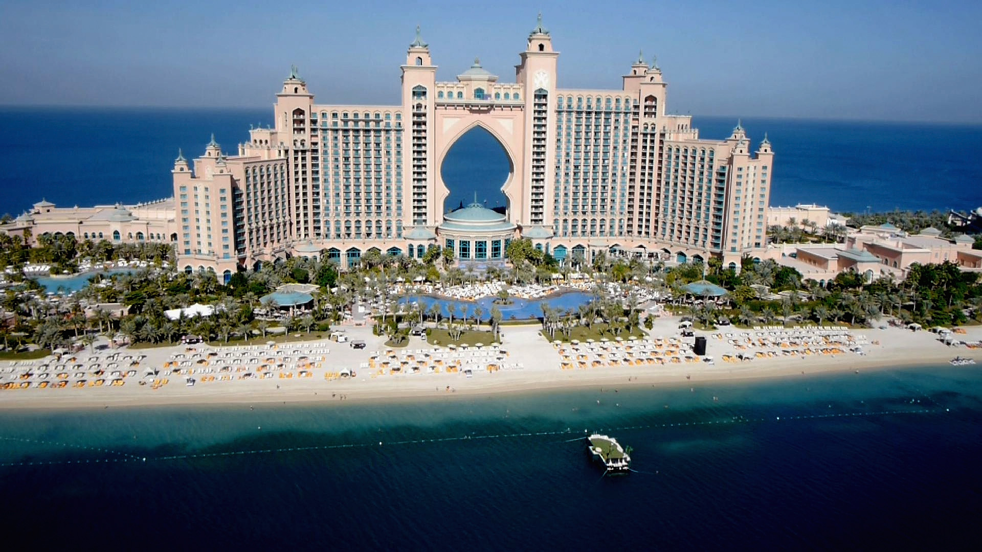Players stay at the sumptuous Atlantis Hotel in Dubai (Photo: Getty Images)