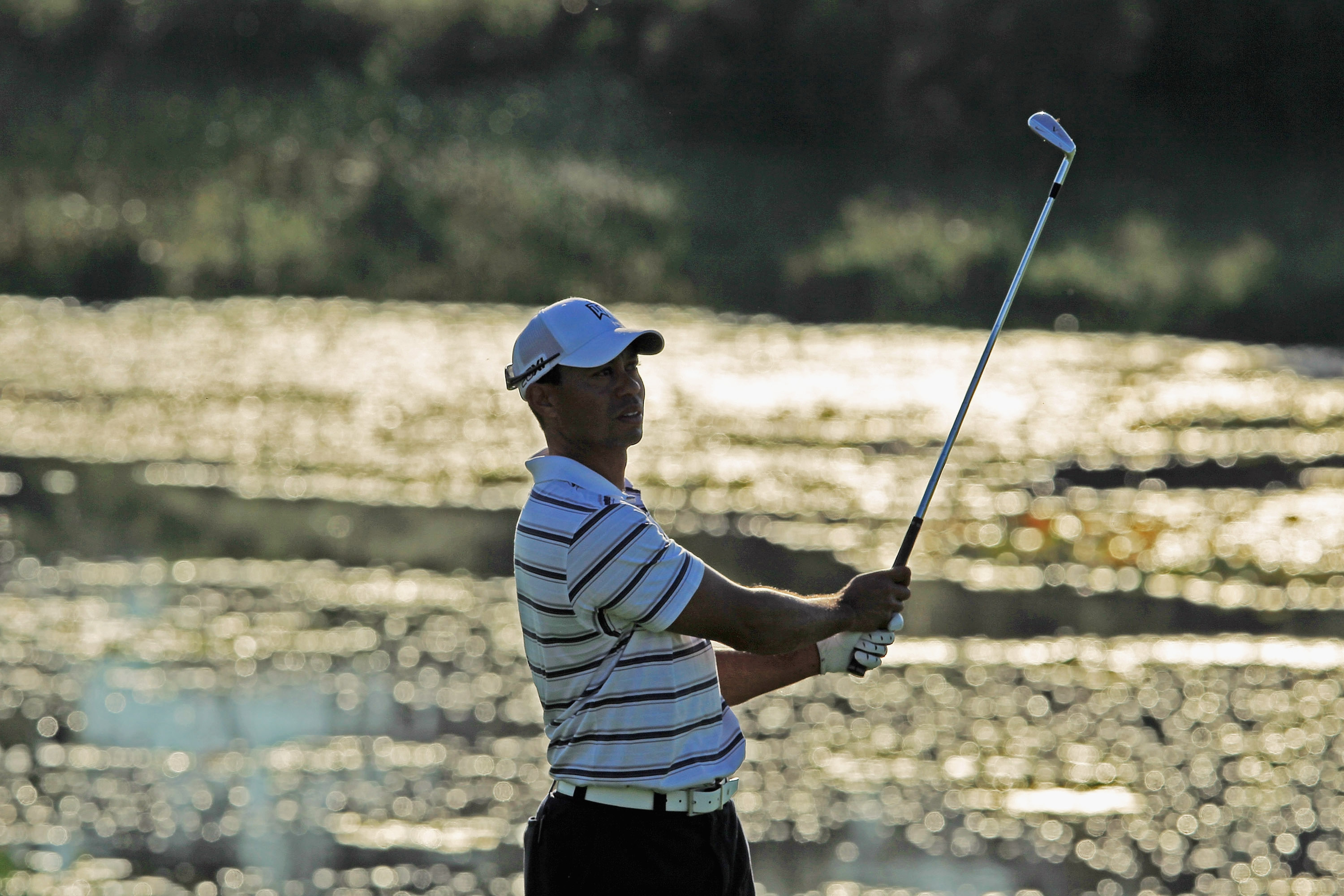 Woods can free dive to 100 feet (Photo: Getty Images)