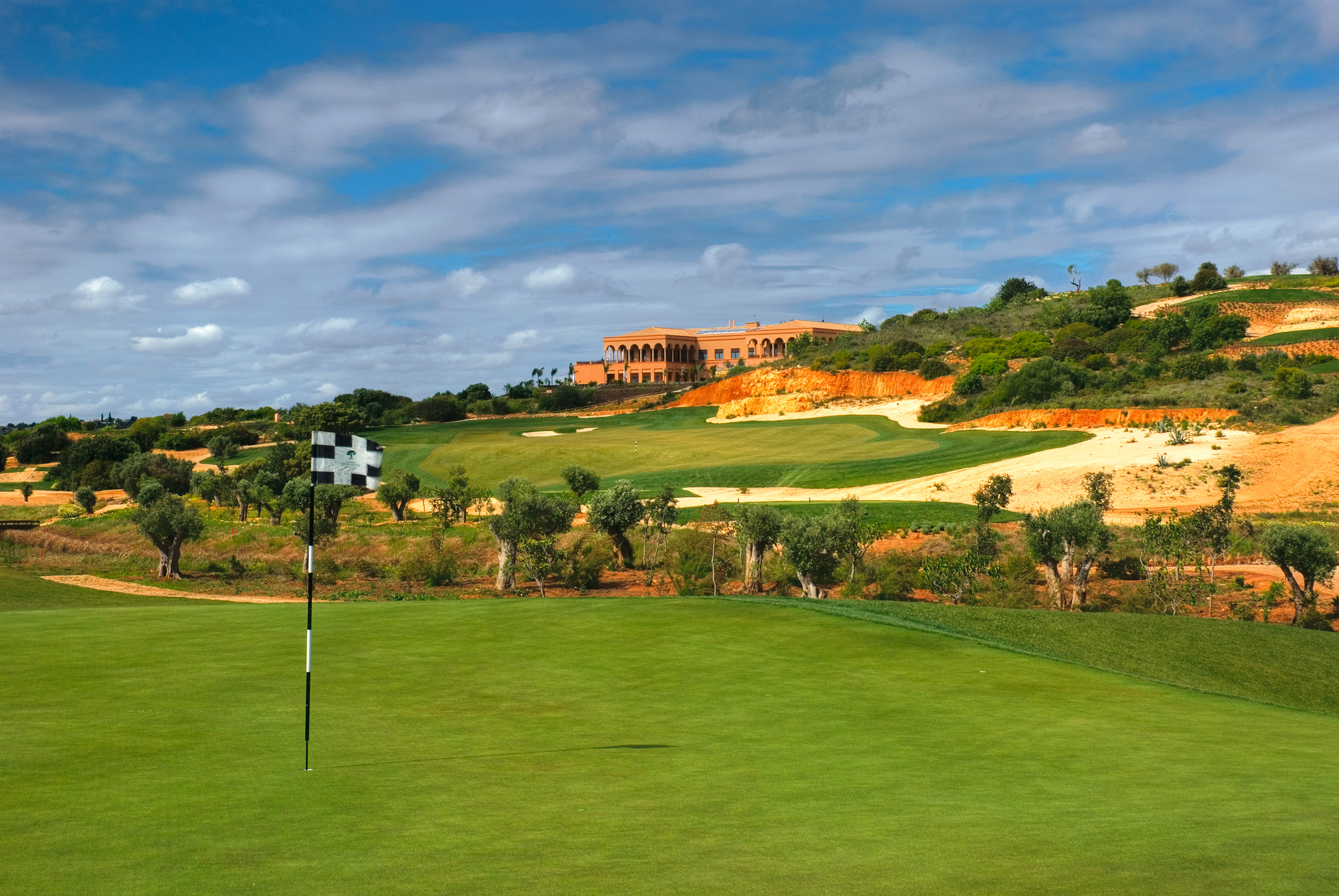 Sir Nick Faldo used the natural features to great effect at Amendoeira
