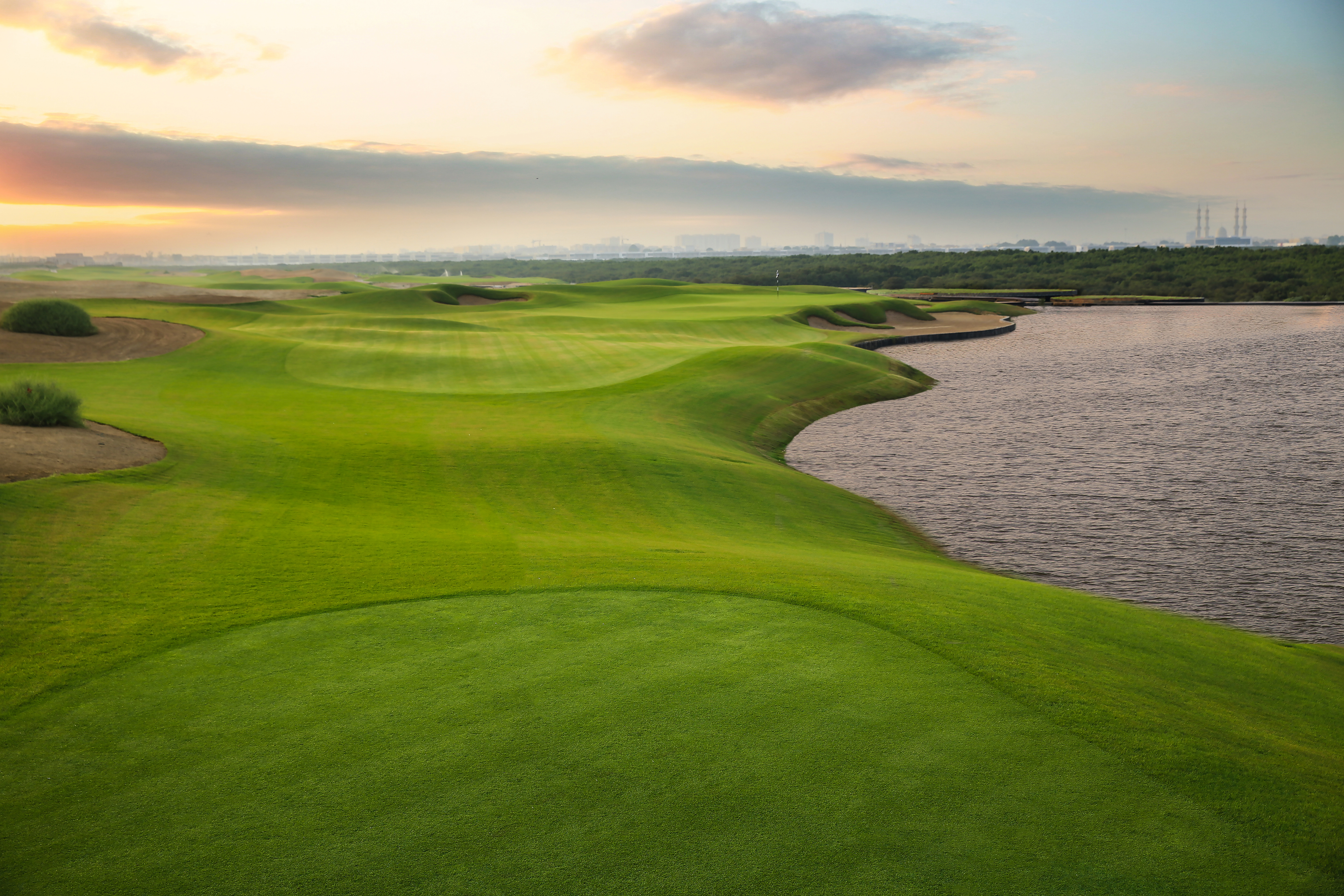 The tidal system means the course plays differently almost on an hourly basis