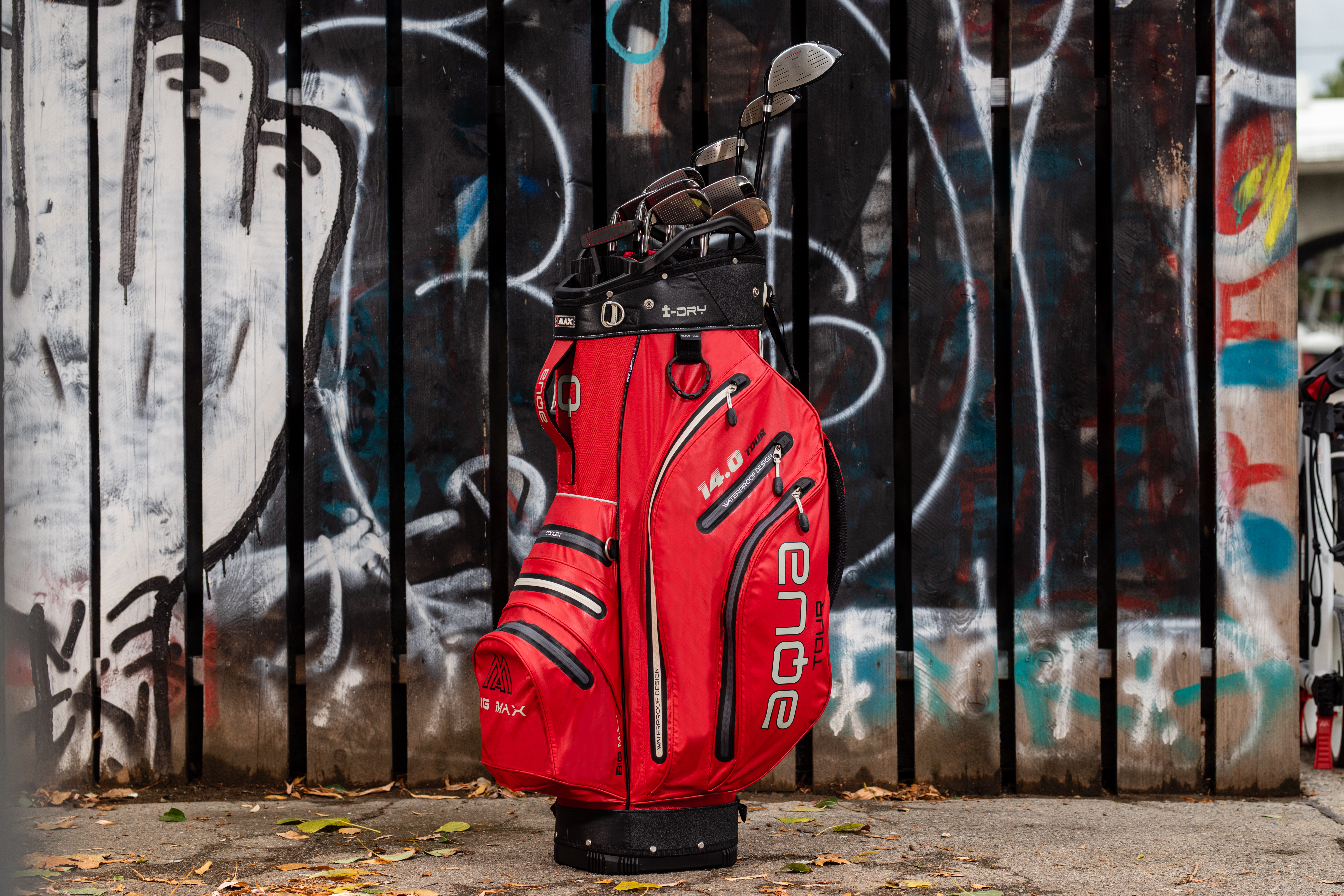 BIG MAX launches new golf cart bags