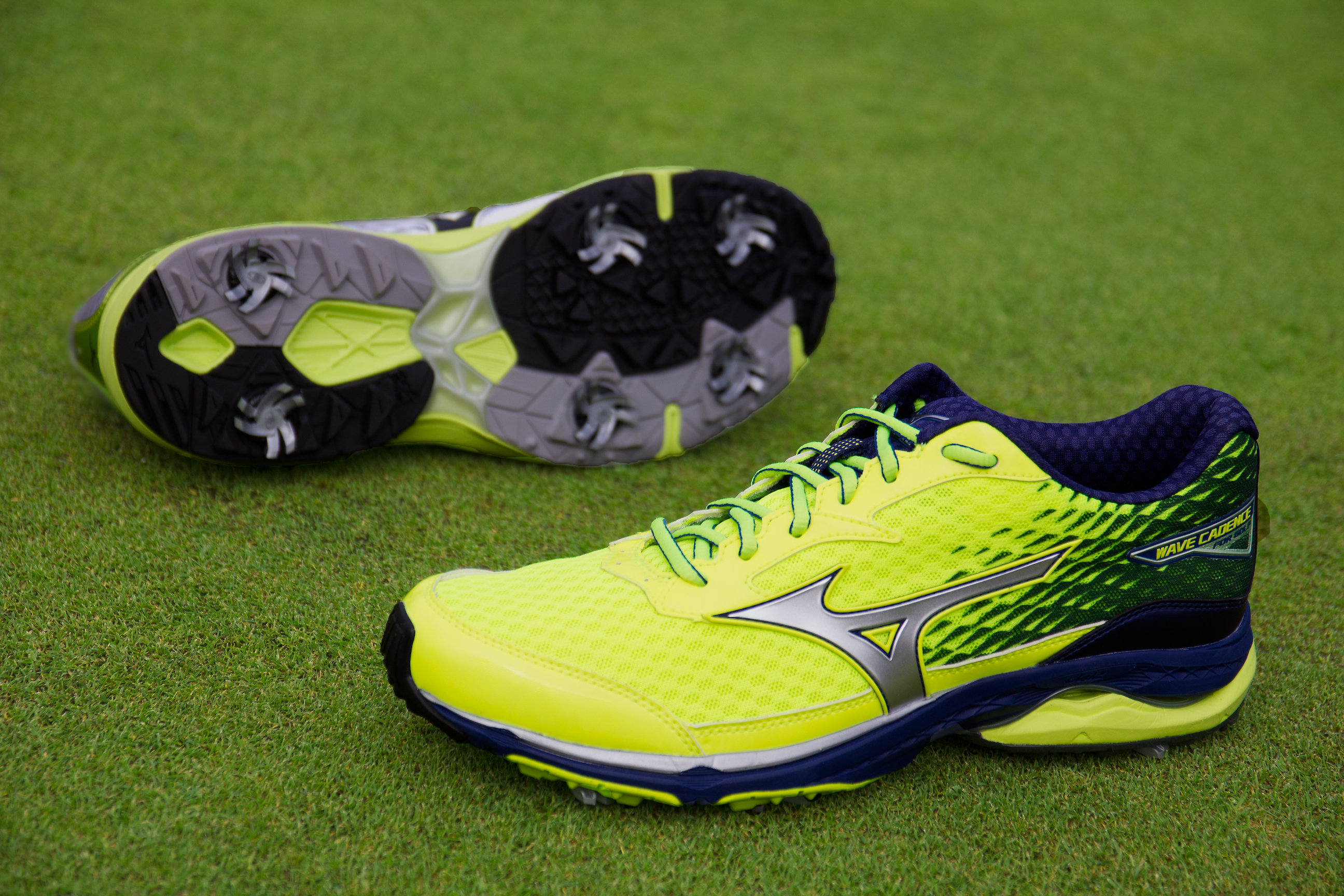 Mizuno add two new golf shoes to 2018 line-up