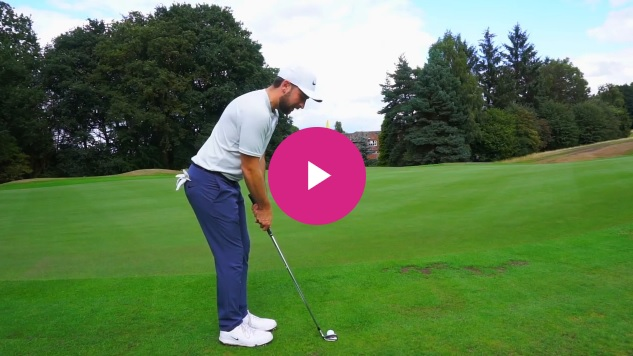 Golf Tip for the Weekend: how to play the bump and run in 60 seconds
