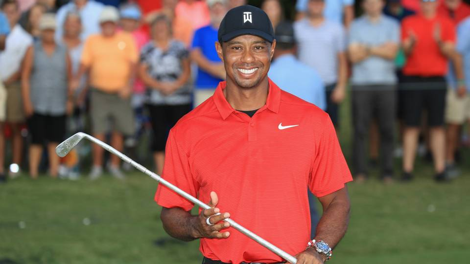 Tiger Woods gets his Tour Championship trophy delivered in post