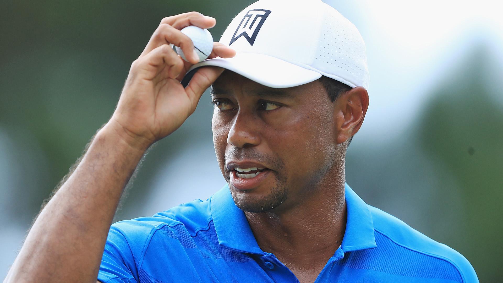 Tiger Woods hits incredible fairway bunker shot at Tour Championship