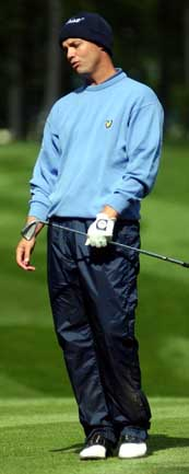 Golf pros - the football experts