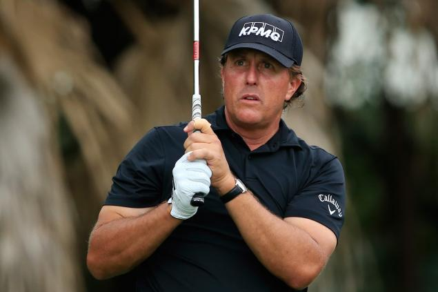 WATCH: Phil Mickelson looks for his ball, ends up in the net...