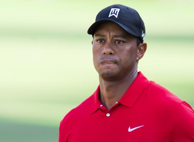 WATCH: Tiger Woods tops 3-wood at Chambers Bay in 2015 US Open...