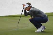 Social media reacts to Ian Poulter's UNBELIEVABLE putting video