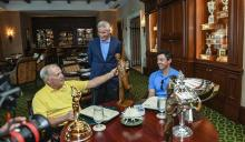 WATCH: Jack Nicklaus surprises Rory McIlroy over lunch