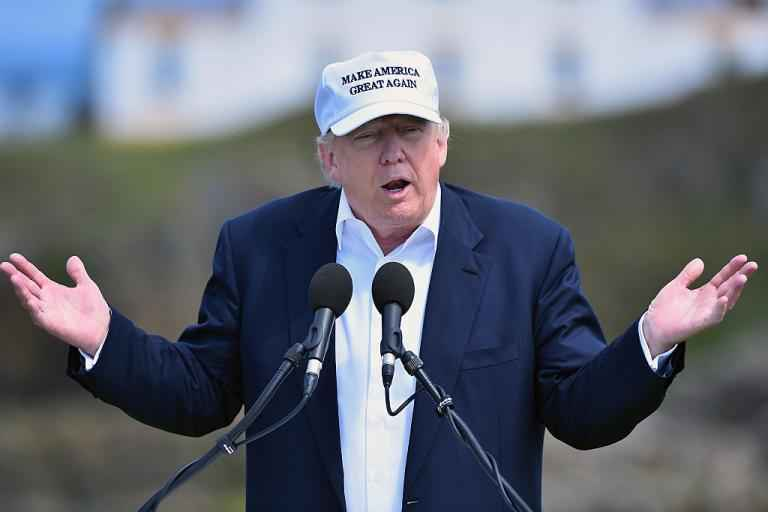 Donald Trump asks government to bail out golf courses