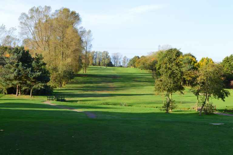 Popular pay-and-play golf course set to be closed by the council