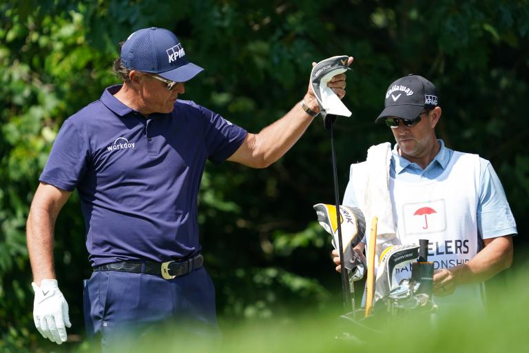 Social media reacts to Phil Mickelson using a DRIVER on putting green!