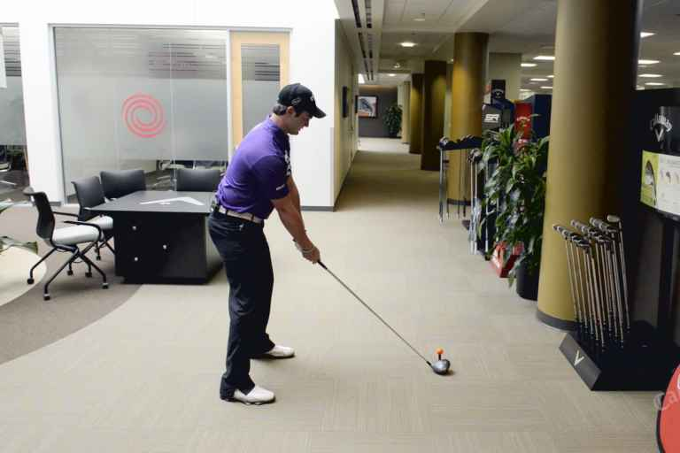 8 office golf games that will get you fired