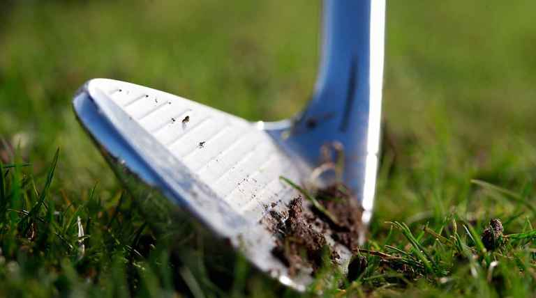 why should you clean your golf clubs
