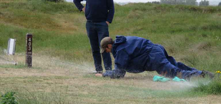 Greenkeepers reveal their BIGGEST ANNOYANCES when it comes to golfers!