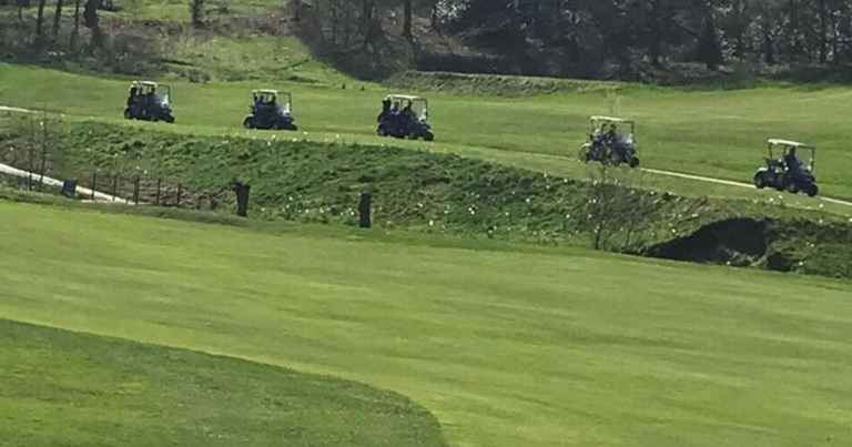 Police in golf carts stop violent golf course brawl over slow play