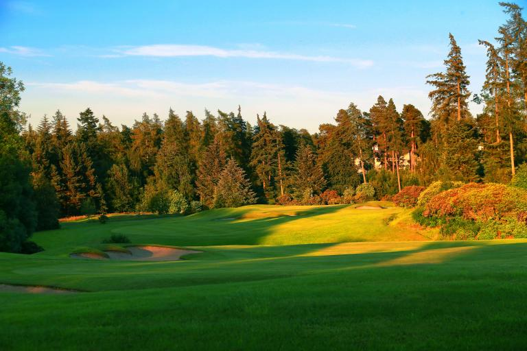 Survey reveals UK golfers put travel plans on hold for 2021