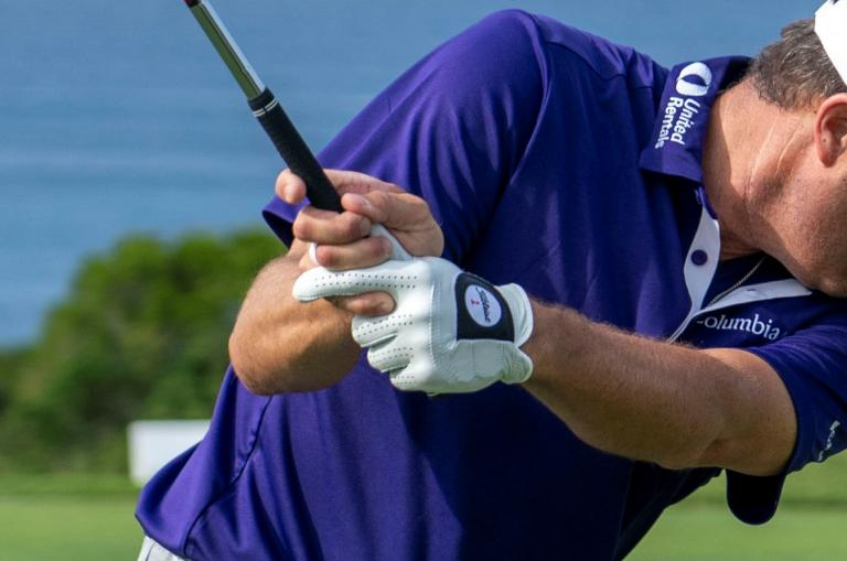 How to GRIP your golf club: the best ways to correctly hold a golf club