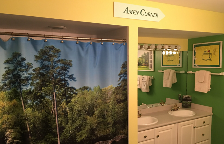 Golf fan shares his Masters bathroom, and social media loves it!