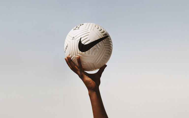 Golf & football fans confused as Nike launch new Flight ball