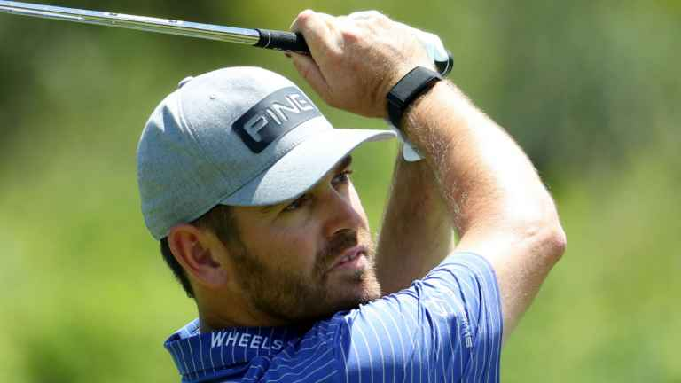 Louis Oosthuizen leads by three at Nedbank Golf Challenge