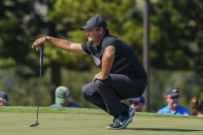 Patrick Reed PRAISED for using rules to his advantage