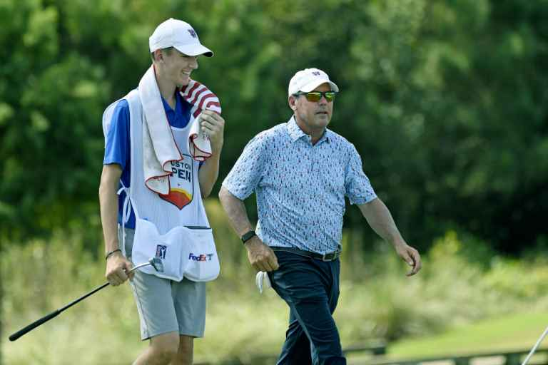 Rich Beem admits he didn't pay his caddie and makes comment on Kuchar