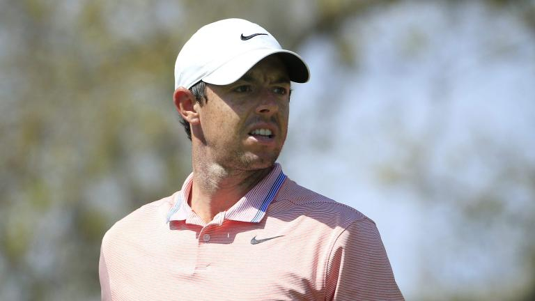 """McIlroy back into the lead in Abu Dhabi"""""""
