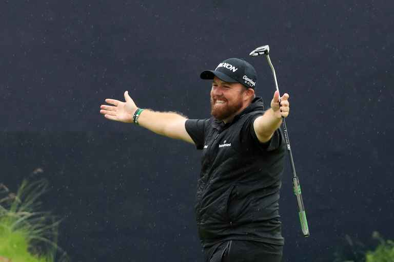 Shane Lowry's lookalike has selfies with golf fans following Open win