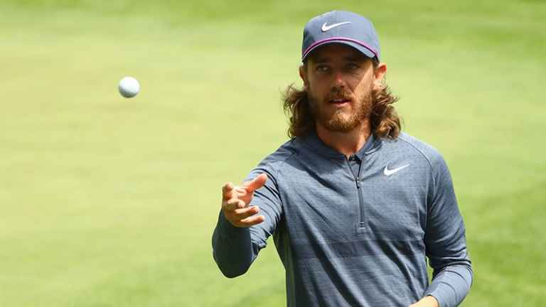 Tommy Fleetwood using £90 putter bought off of ebay