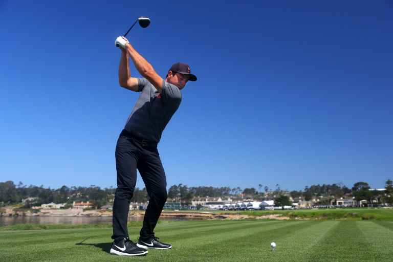 WATCH: Viktor Hovland's STOP-START backswing is all the rage...