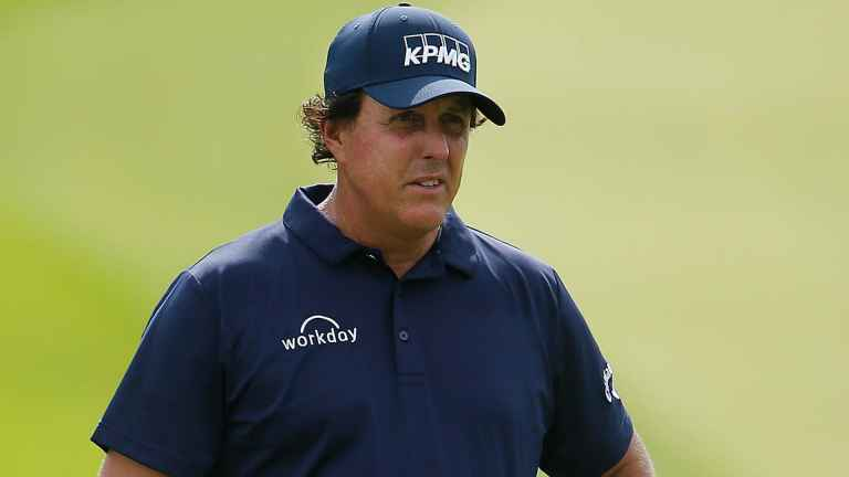 Phil Mickelson has SEVEN penalty strokes on day one of 3M Open