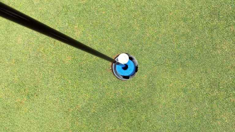 "R&A confirms ""Definition of Holed"" during golf's new COVID-19 rules"
