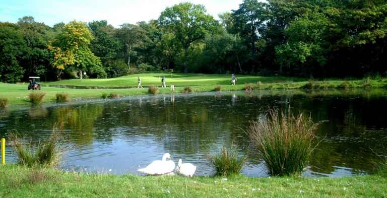 Top 5 golf courses in Manchester