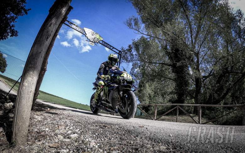 Rossi leaves his Motor Ranch on an M1